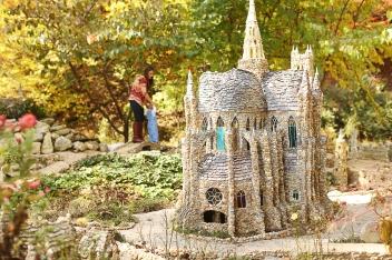 Folk Art Garden Notre Dame