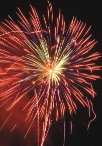 4th-8-fireworks
